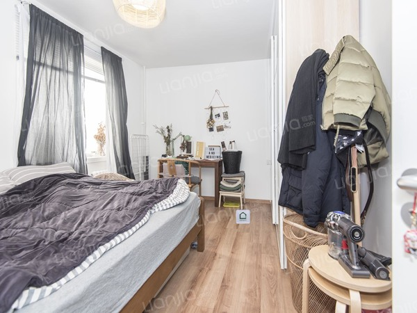 为你而选为你为家 西南向一居室现在已改为两居室 修高楼层
