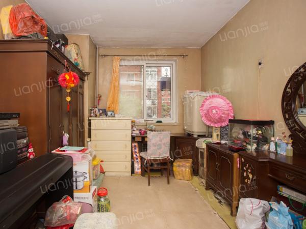 为你而选为你为家 满五年公房,低楼层,看房方便,诚心出售
