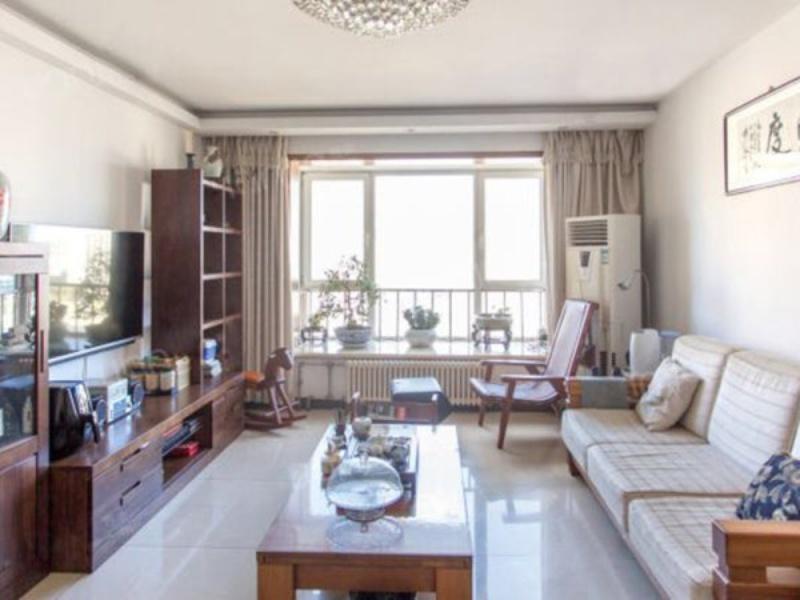 大河庄苑 精装三居室 70年产权 紧邻八一  社区环境舒适