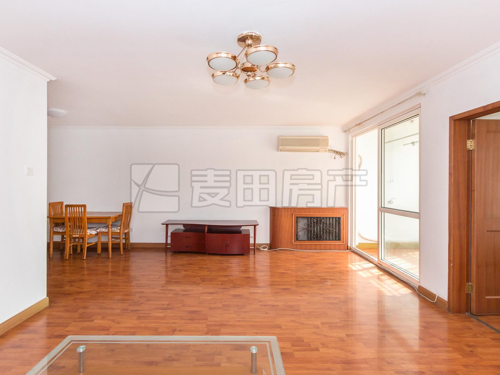 5层两居室+南北通透+落地窗+采光充足+繁华地段+看房方便