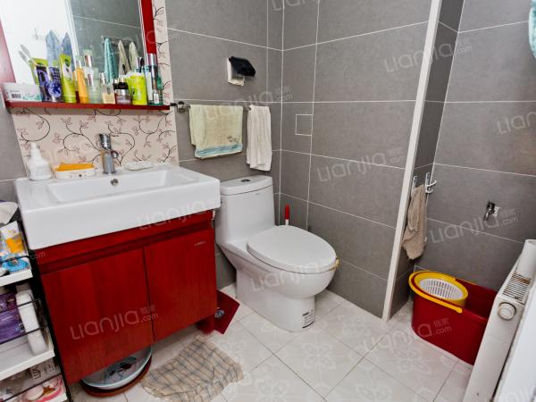 为你而选 莱圳一期 南北向三居室 看房方便