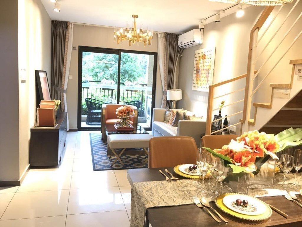 万科尙城 纯南复式四房 可公积金贷款 地铁6站到天河 一口价