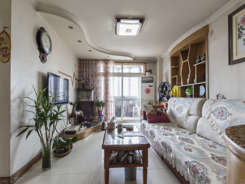 《拥金1.点》燕景佳园电梯两居 满五年家庭一套住房 临 站