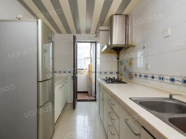 为你而选 小白楼三居室,满两年不临街中间楼层