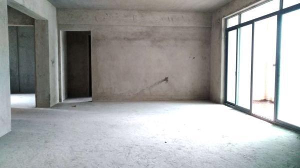 雅宝新城 户型正规 电梯楼 3房2厅 248万