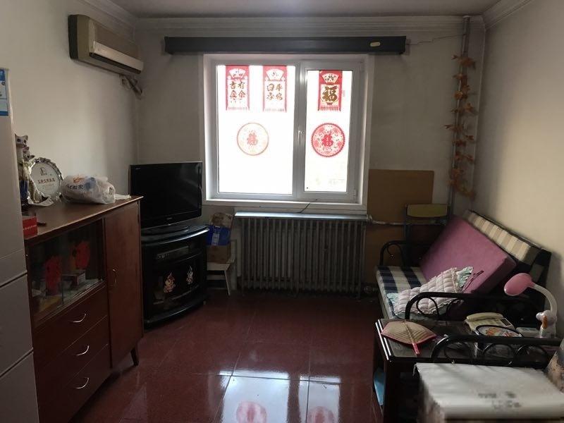 和平里六区 封闭式管理 五年/一套 诚心卖房 看房方便