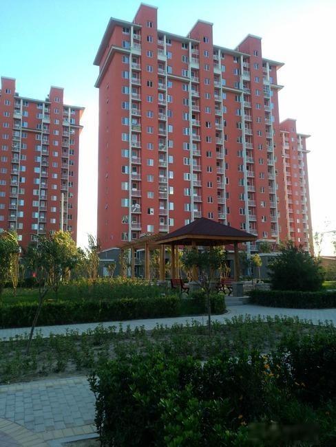 新宫德鑫家园2室,两居室,南北通透.300万.