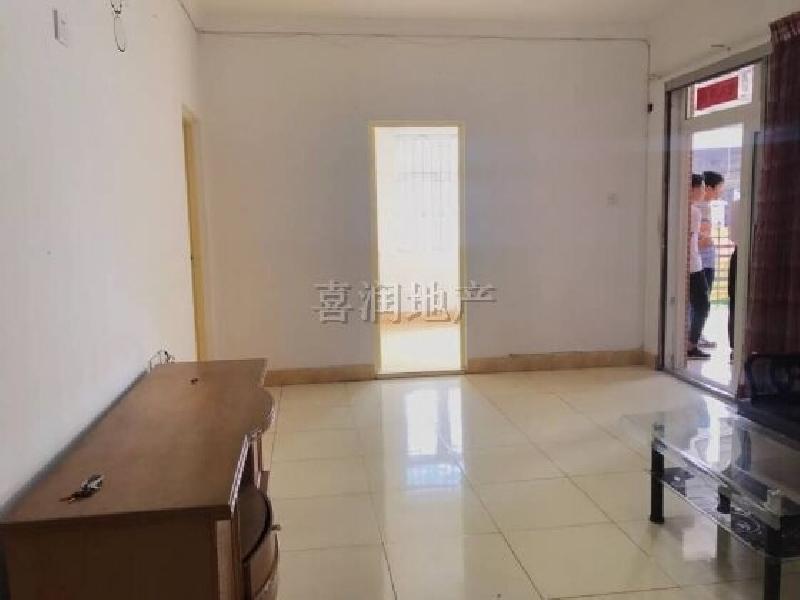 洛涛南区 一楼2房230万 带花园20平米 随时看 实图实价