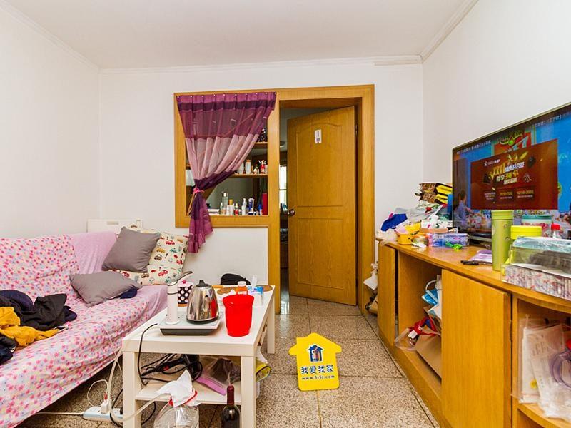 永泰东里一居室 紧邻地铁   47.62平米285万 可谈