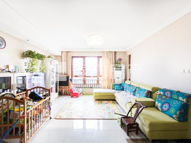 低总价 可做3居室 业主已买房 满二年 统一装修 生活在公园