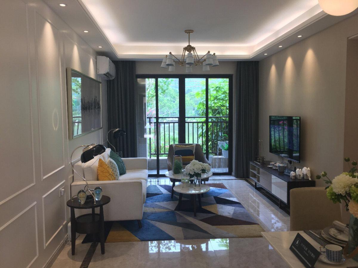 保利紫云 精装修3室2厅 通透户型 随时看房 2018年大产权能贷款