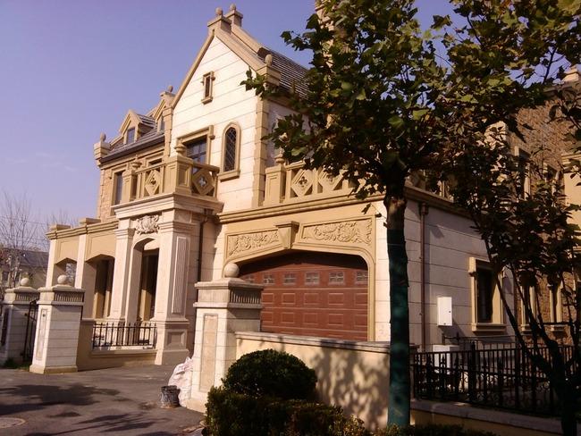 新出中海尚湖世家独栋 5室 690平 南北通透朝向 大花园