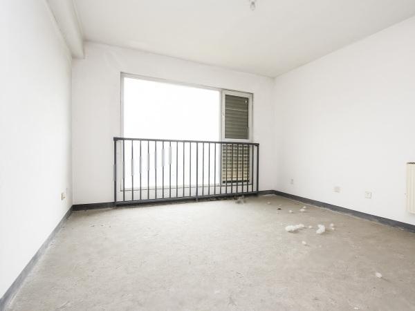 北京洋房叠拼 3室3厅 760万