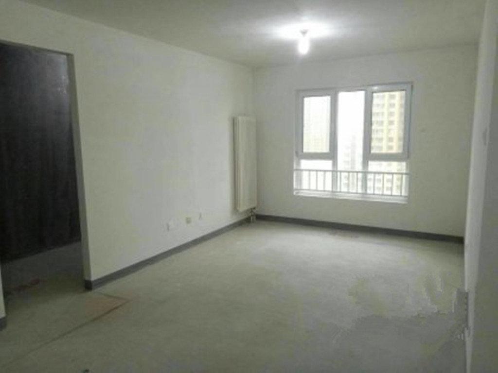 融泽嘉园 三室 中间楼层 中翔地产 专售西城外企安置房!