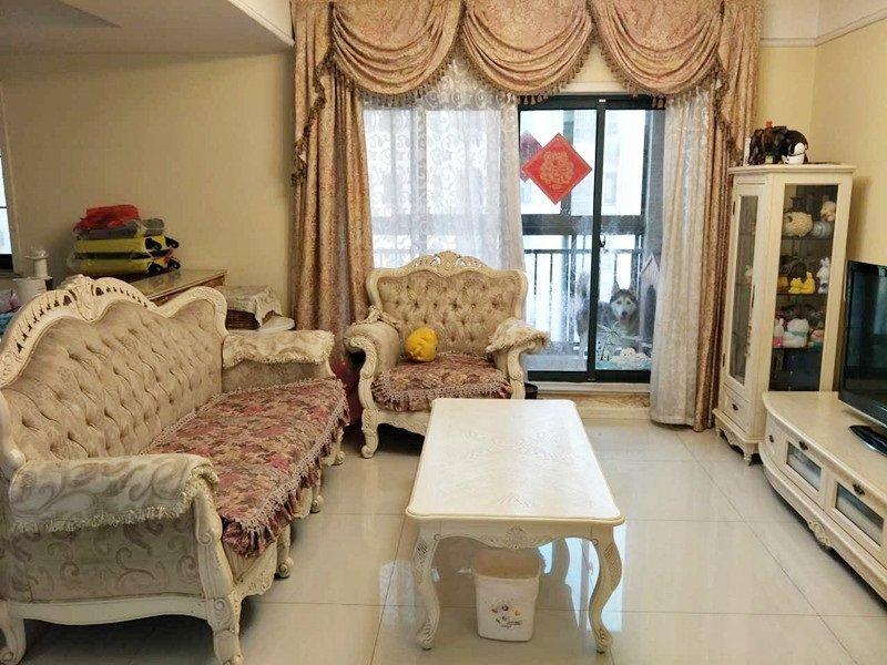 白云食品工业公司宿舍3室朝南,zui给.力的房源期待您的入住