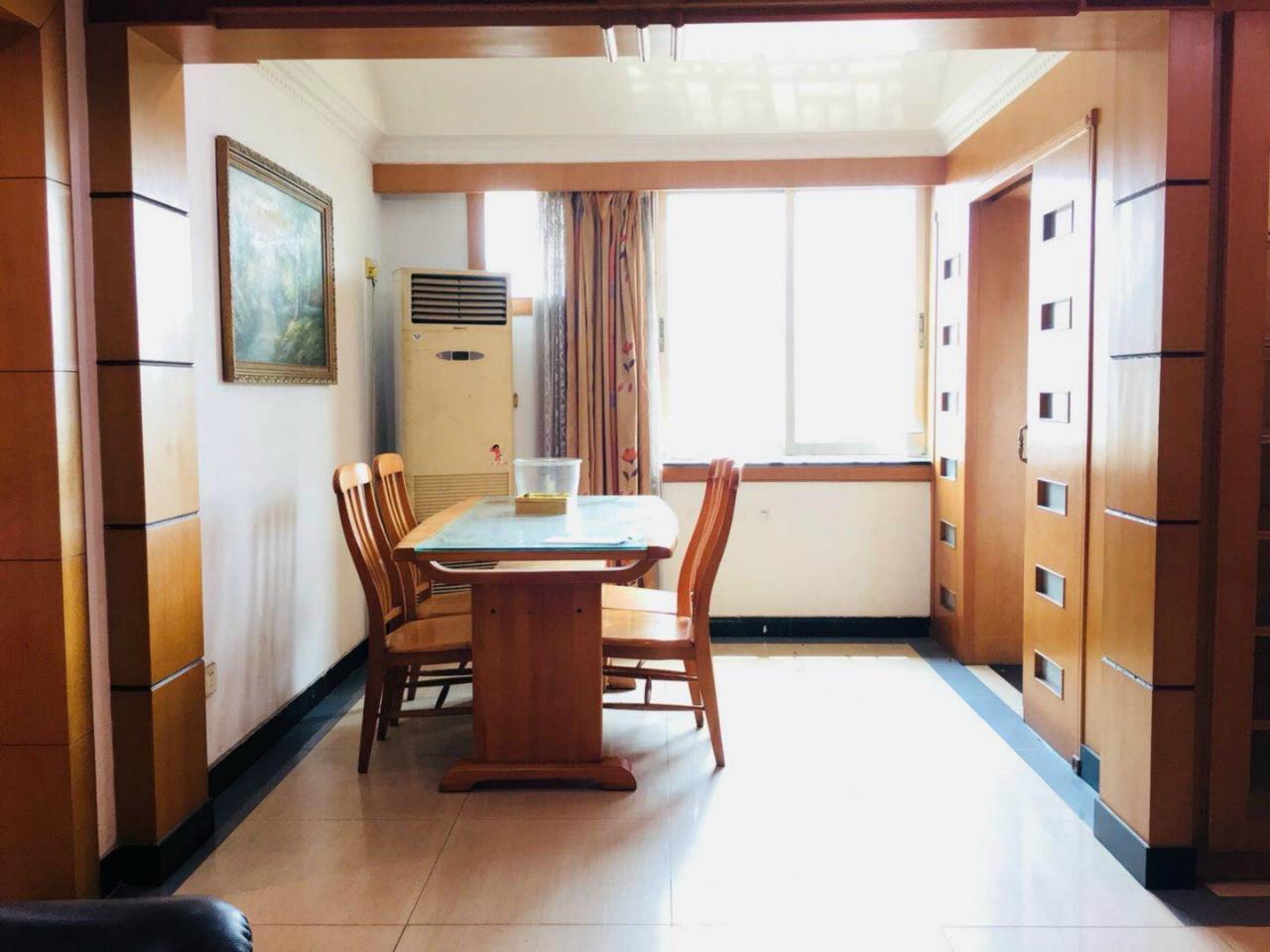 越秀北路 粮食厅房改房 电梯 采光通风好 小北路学位 有钥匙