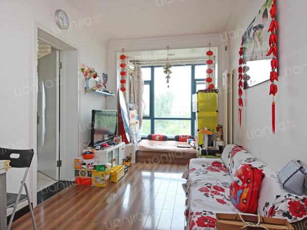 为你而选为你为家 板楼,一室一厅一厨一卫,视野宽阔,光线充足,