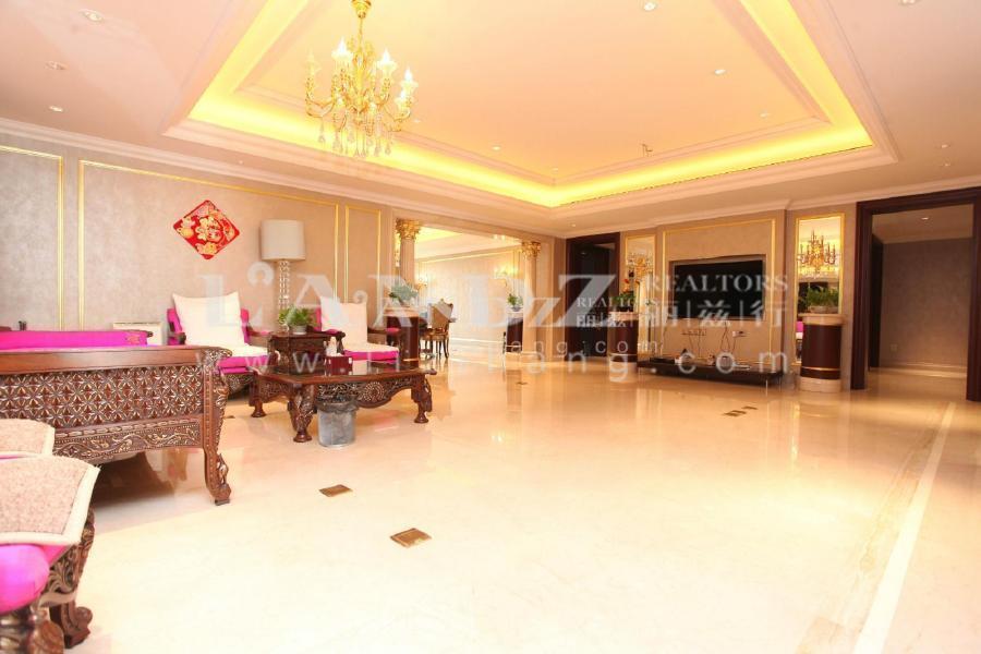 5号楼安静,20层四居,南向两个套房+客厅,南北看园林 泛海国际
