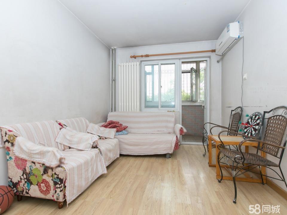紫绶园总价低 小两居室 满5年住房 业主诚心出售