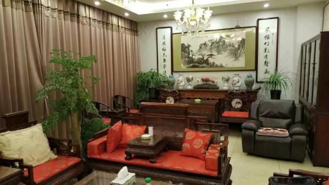 中海九号公馆 把边大别墅  装修 带电梯 私家花园