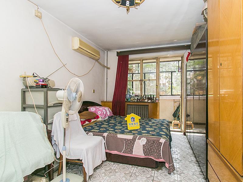 北三话安贞桥南北两居有正规客厅舒适两居看房请预约着急卖