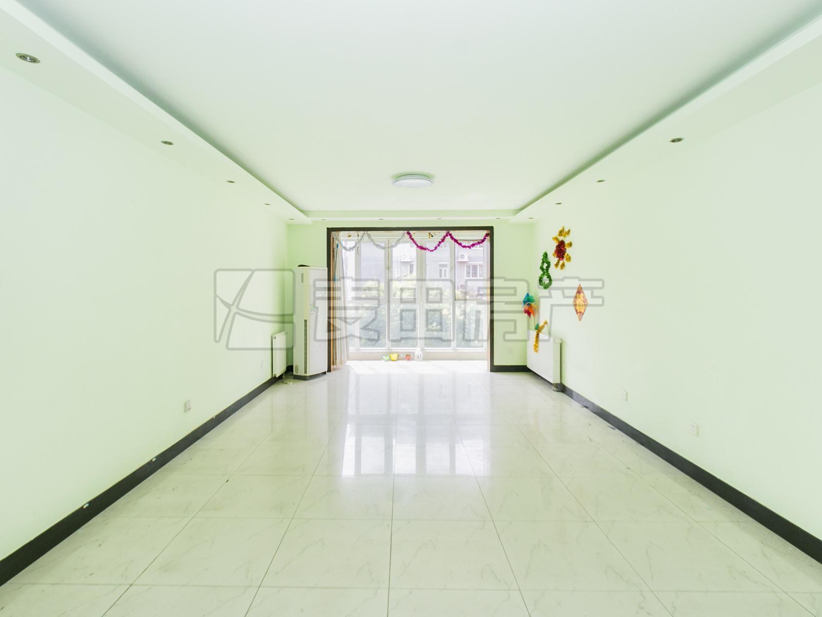 新怡家园,双主卧设计,中间楼层,位置安静,不临街,轻松改三居