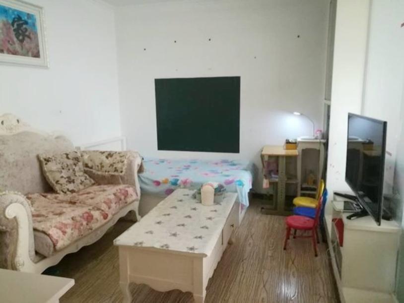 惠民家园 精装修一居室 采光好公摊小 首付80 能贷25年