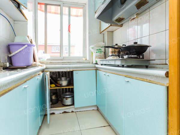 为你而选 海户西里 南向两居室 采光好 明厨明卫