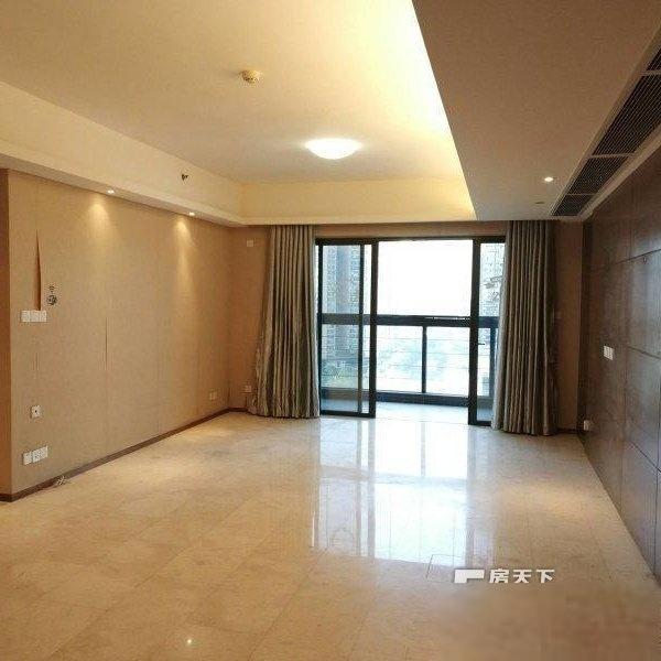 誉峰格局方正+三房可以改四房单位+东南房房厅厅足光