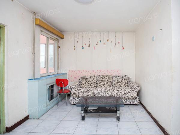 为你而选为你为家 南新园西向一居室,采光好,户型无浪费。