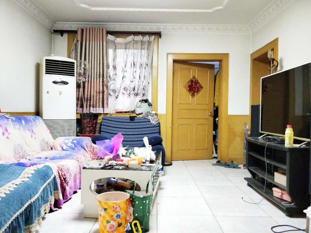 房山城关兴房东里 4层两室一厅 通透户型 满五年
