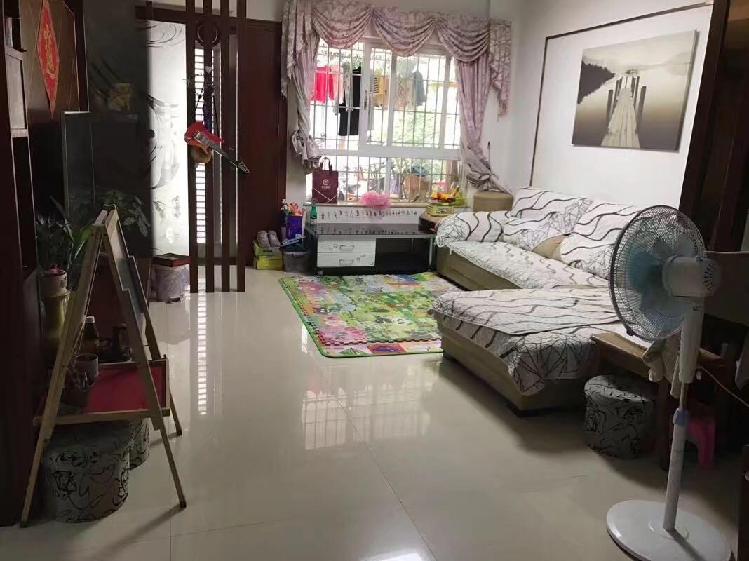 华侨城 1楼精装3房,送60方超大花园