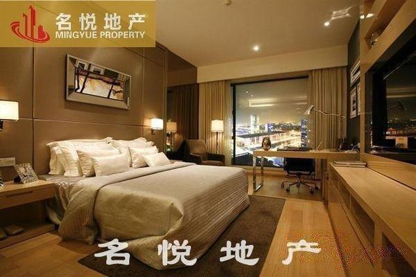 保利世贸公寓,楼层好,望江, 高,小单位的佳选,可租六千