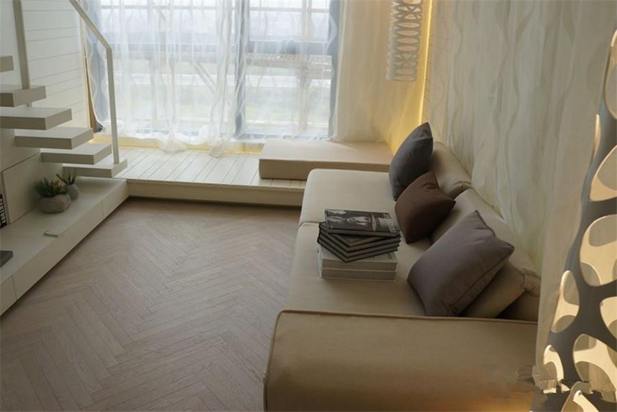 万达广场公寓 千灯湖繁华地段  就在家门口 以租养供税费少