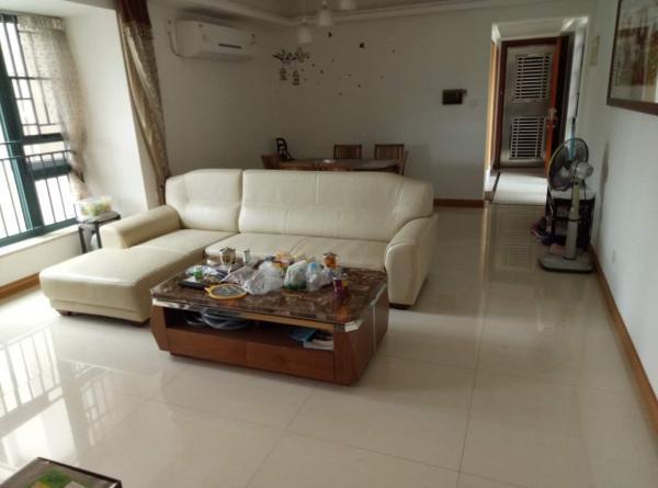 雅居乐锦城 新区府板块 温馨3房2厅 200万 适合新婚人士