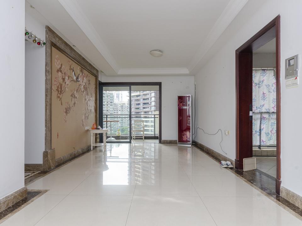 中海锦榕湾 3房带主 南北通透 地铁附近 免重税 采光  户型方正