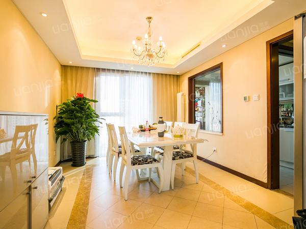 为你而选为你为家 华彩国际公寓,南北通透三居室。