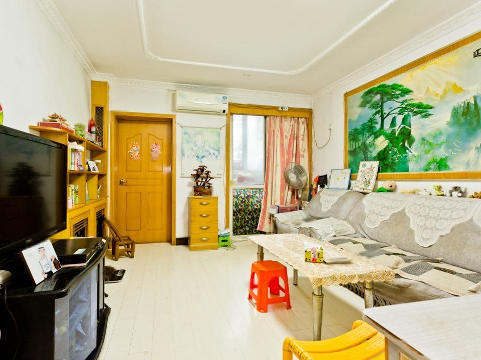 永泰东里 商品房院 满五年  低楼层  南北向三居室