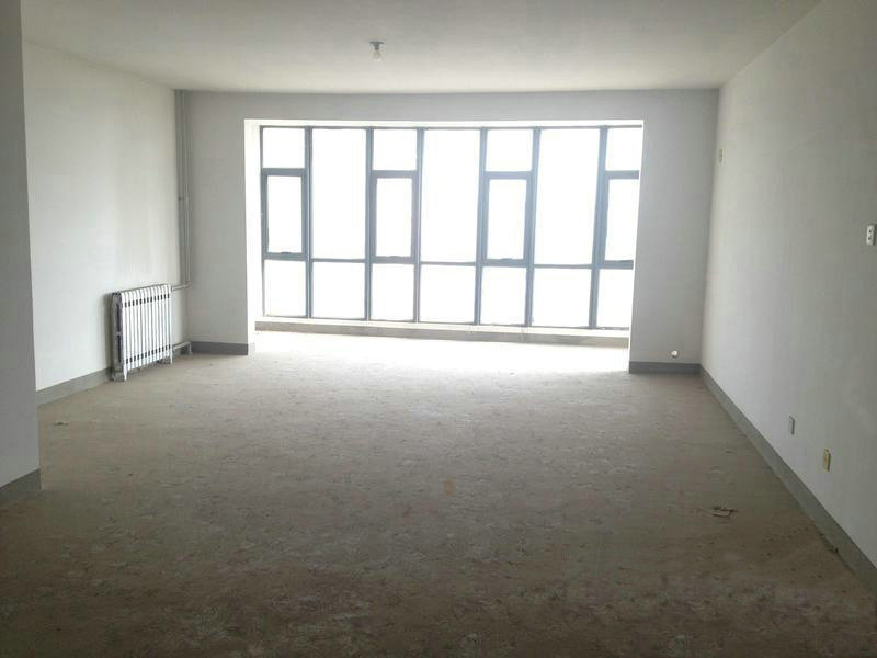 天通中苑新房板楼南北 电梯入户大三居 纯毛坯