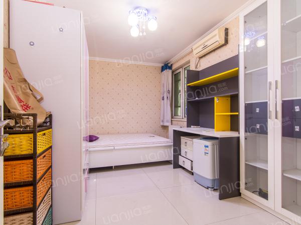 为你而选 京贸国际公寓 2室2厅 96平