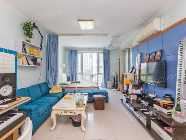 为你而选 本房业主诚意出售,户型方正,无浪费面积,不临街!