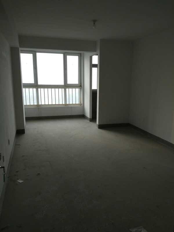 南庭新苑 一居室业主诚意出售价格合理170万大产权