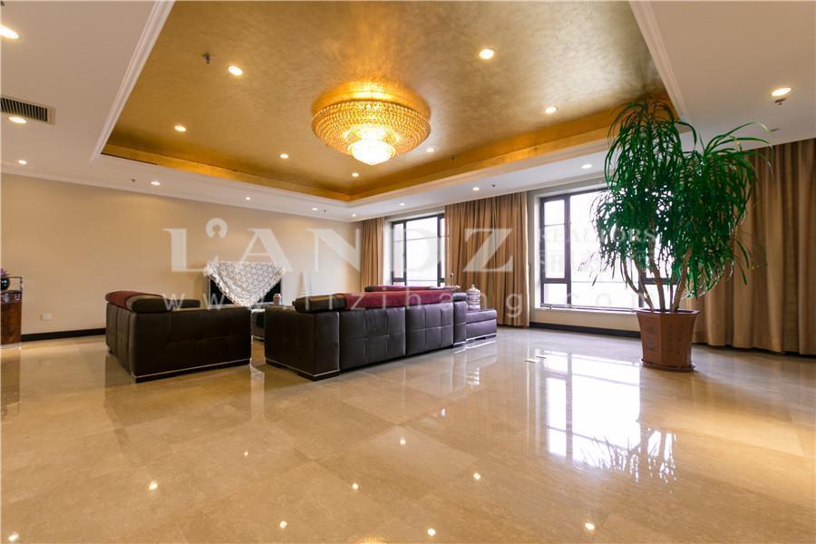 3号楼高品质住宅100平大客厅+大理石地面+南向两间套房