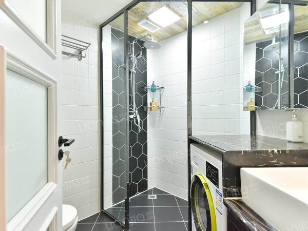 为你而选为你为家 五芳园 新装修2居 带独立客厅 方便看房