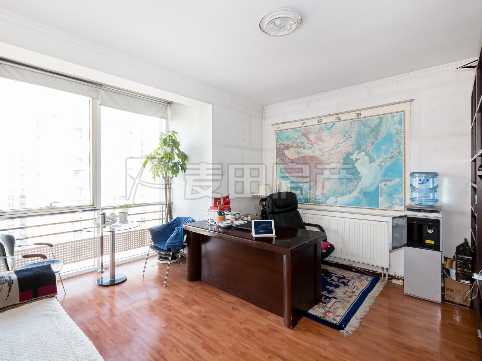 万柳西北两居+价格好商量+满五年+签约方便+落地窗+储物间