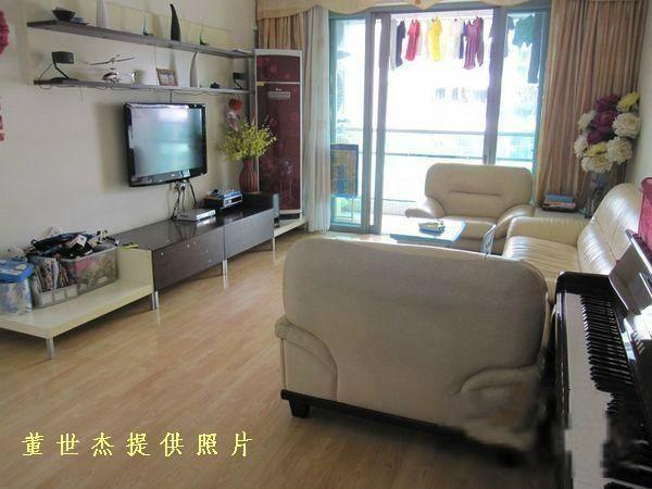 新放盘 8号线赤岗站 信步闲庭实用两房 邻靠琶洲电商 实景拍摄