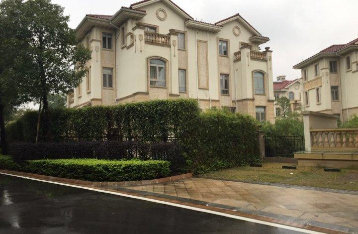 专注 别墅  帝景山庄7房3厅尊贵设计天河CBD核芯纯别墅