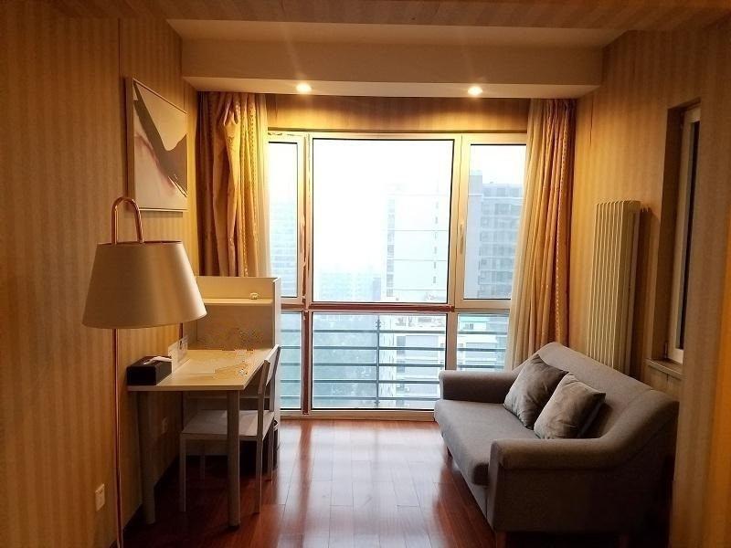 中湾国际 一居室卖399万 高层朝南向 满五年一套房 观景
