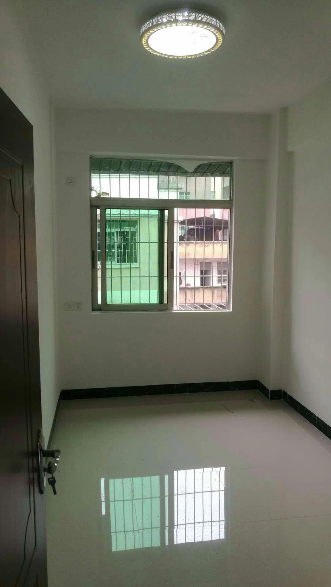 花城北路住宅   买一层用两层   带精装修   拎包入住  全新装修