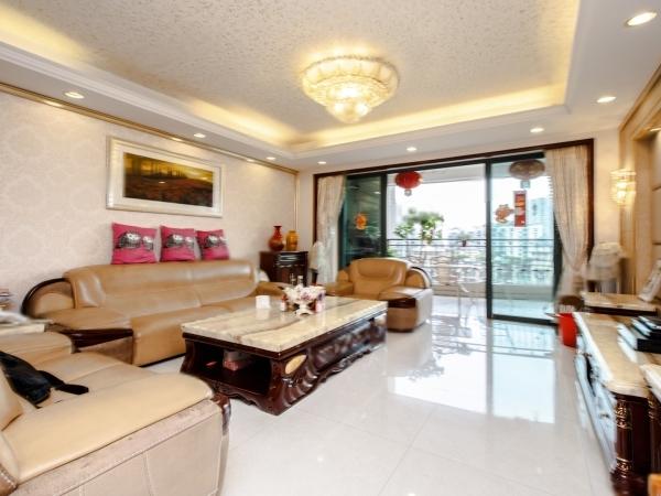 珠江帝景 克莱公寓 高层东南向5房售1260万